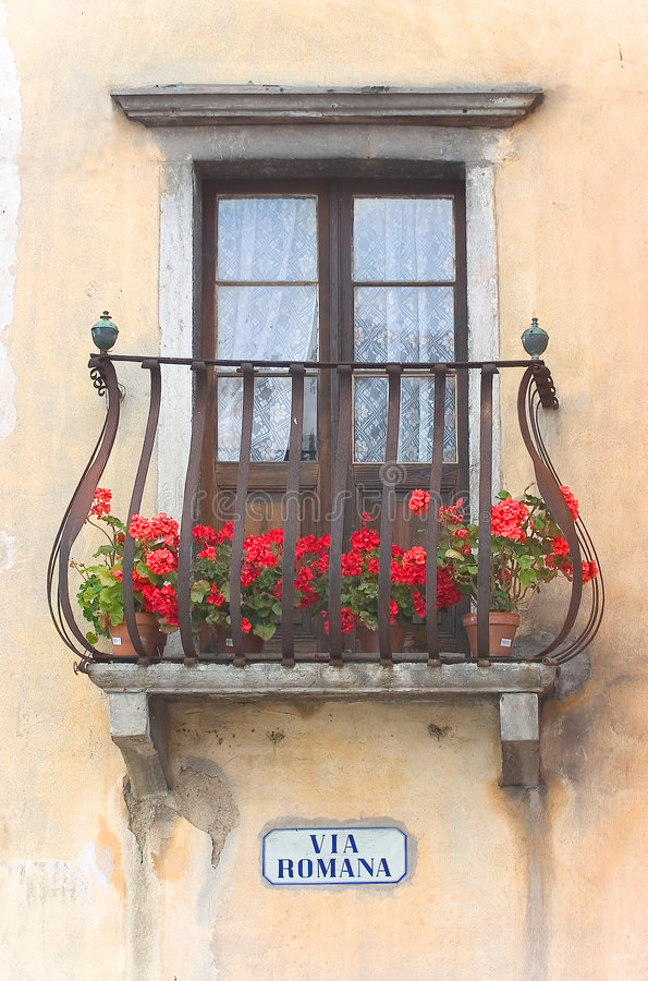 Romana балкона итальянское через Стоковая Фотография RF