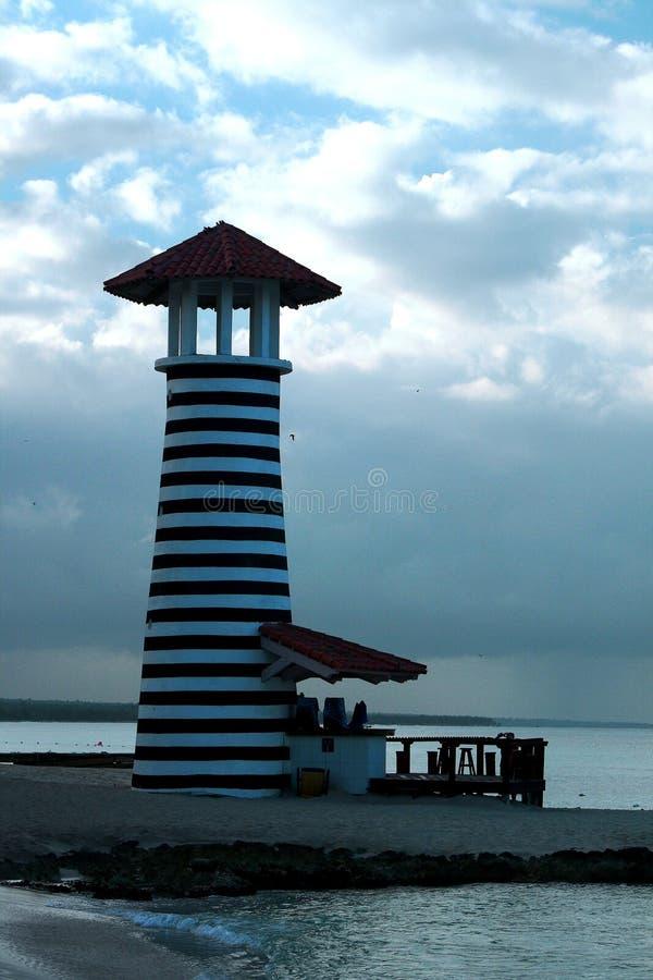Romana Santo Domingo della La: la casa nel mare fotografia stock