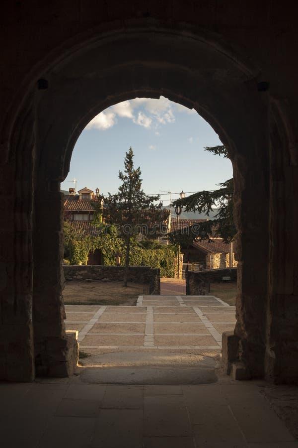 Romanesque εκκλησία Sotosalbos Segovia, Ισπανία στοκ εικόνα