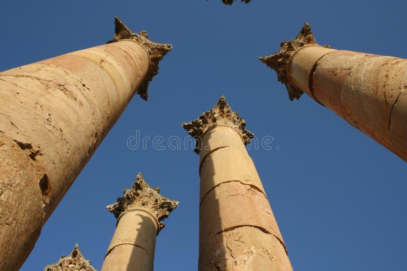 romanesque πόλη στηλών jerash στοκ φωτογραφία με δικαίωμα ελεύθερης χρήσης