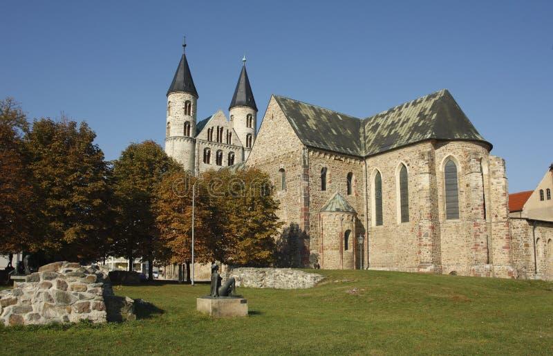 romanesque magdeburg аббатства стоковые фото