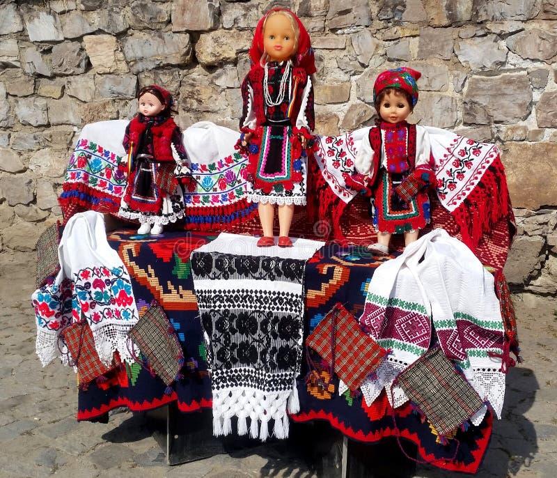 Romanian tradicional tapetes e lembranças handcrafted foto de stock