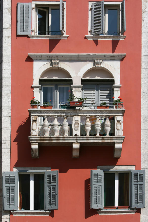 Free Romantic Balcony On The Medival Building Stock Photography - 21499522