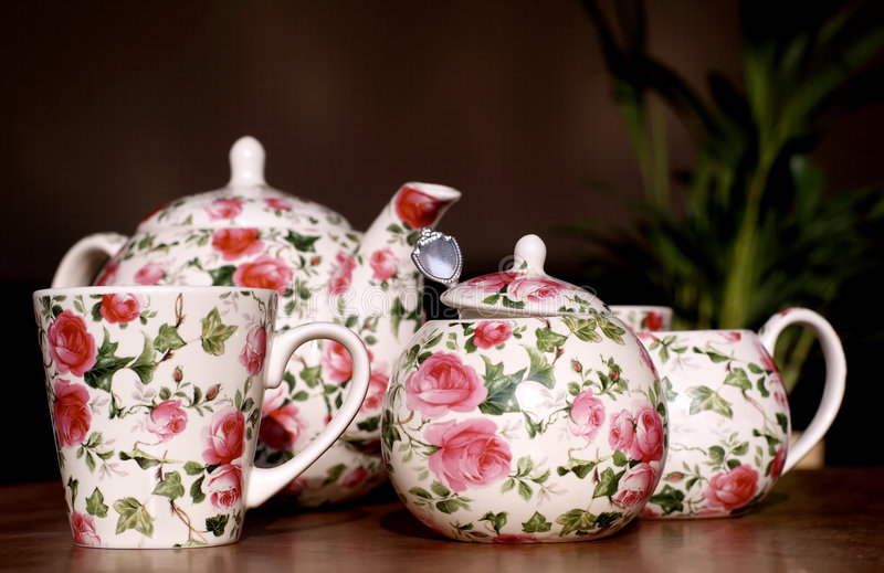 Download Romantic Tea Service Royalty Free Stock Photo - Image: 515935