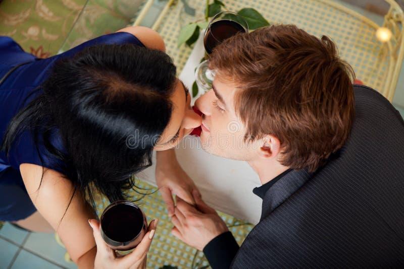 Romantiker daterar arkivfoto