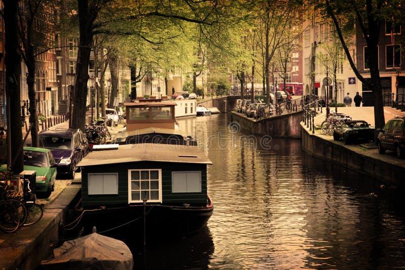 romantiker för amsterdam fartygkanal arkivfoto