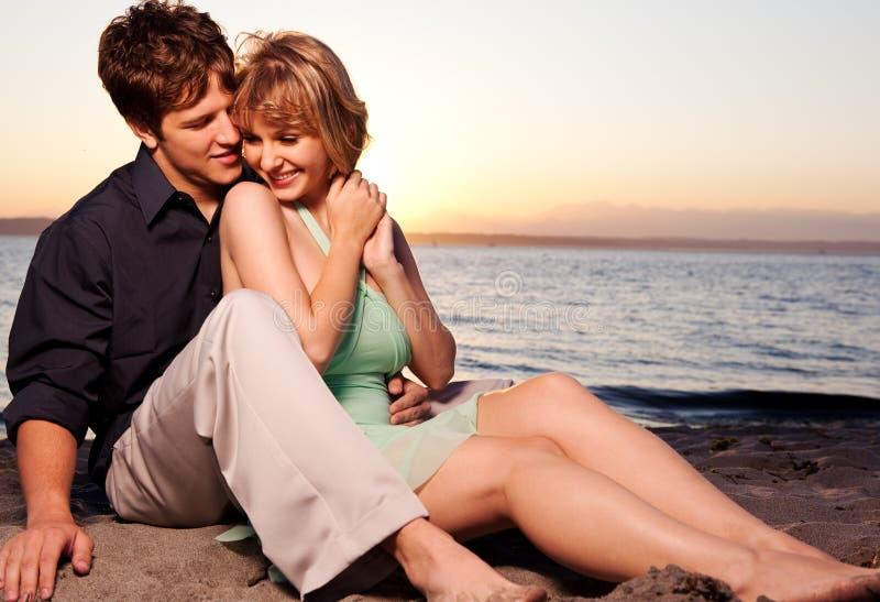 Romantisch paar in liefde stock foto