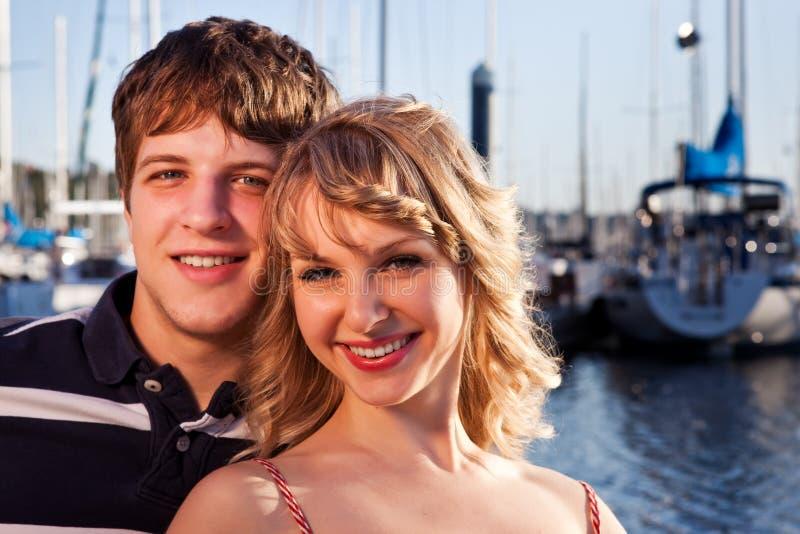 Romantisch paar in liefde royalty-vrije stock afbeeldingen