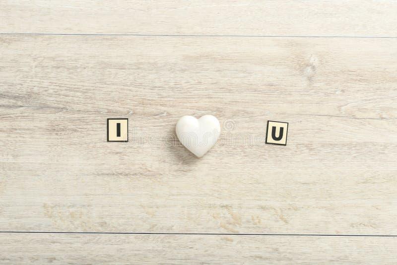 Romantische I-Liefde u bericht op hout royalty-vrije stock foto