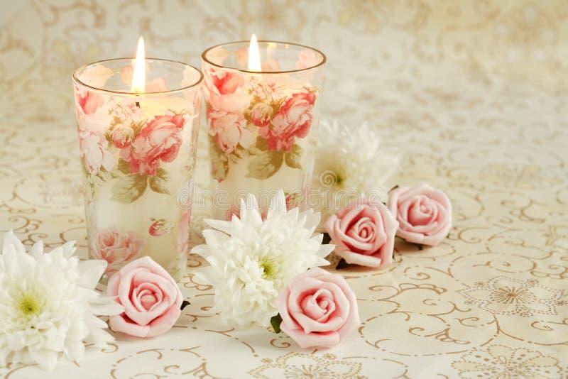 Romantische kaarsen stock afbeeldingen