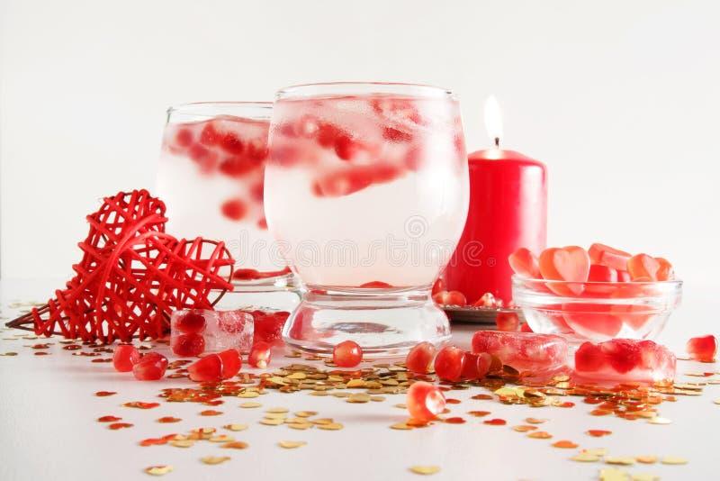 Romantische noch Lebensdauer Heiligvalentinsgruß ` s Tagesfeier Nahaufnahme lizenzfreie stockfotografie