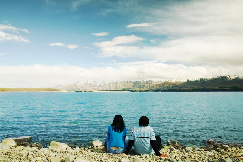 Romantische Paare bei Neuseeland lizenzfreies stockfoto
