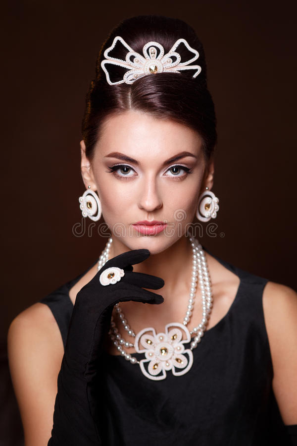 Romantische Schoonheid Retro stijl Retro portret van de vrouw royalty-vrije stock afbeelding