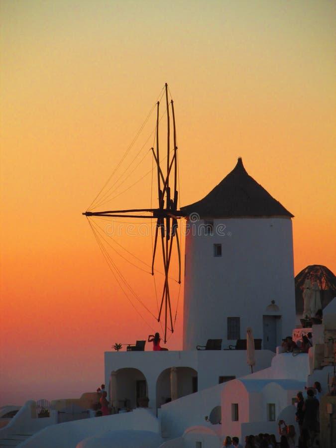 Romantische zonsondergang in Oia, Santorini-Eiland royalty-vrije stock foto