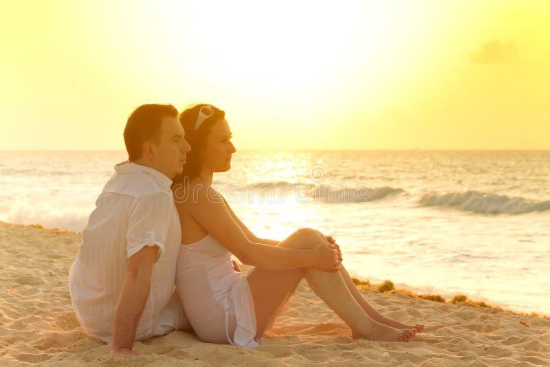 Romantische zonsopgang samen royalty-vrije stock fotografie