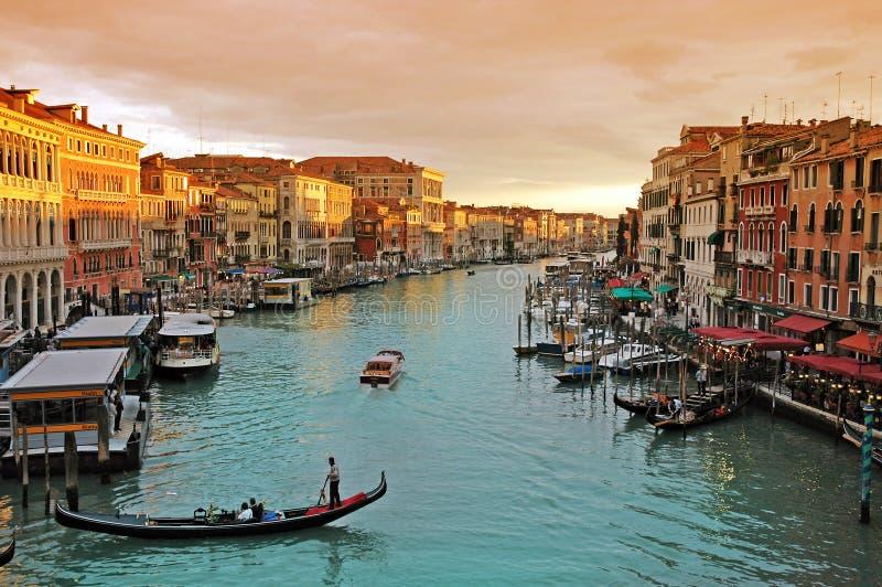 Romantischer Kanal groß in Venedig stockfotografie
