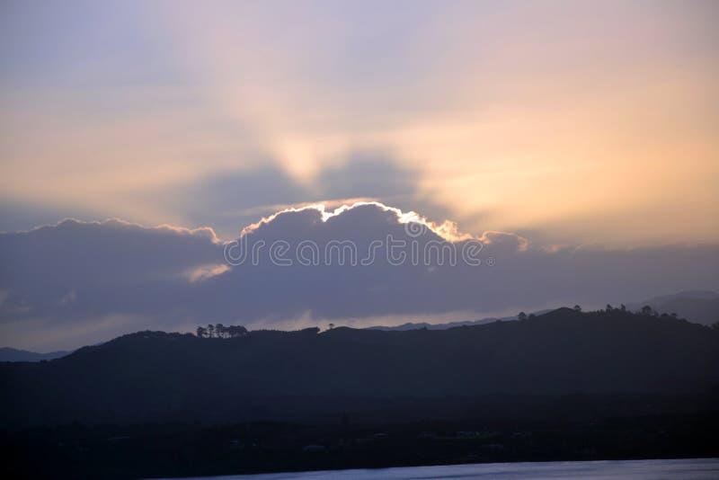Romantischer Sonnenuntergang lizenzfreies stockfoto