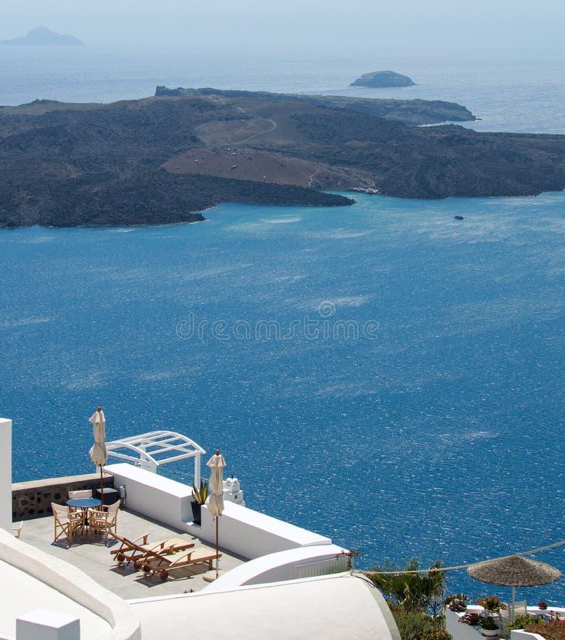 Romantisches Entspannung auf theSantorini, Griechenland stockbilder
