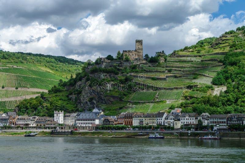 Romantisches mittelalterliches Schloss Gutenfels bei Kaub im berühmten Rhein stockbilder