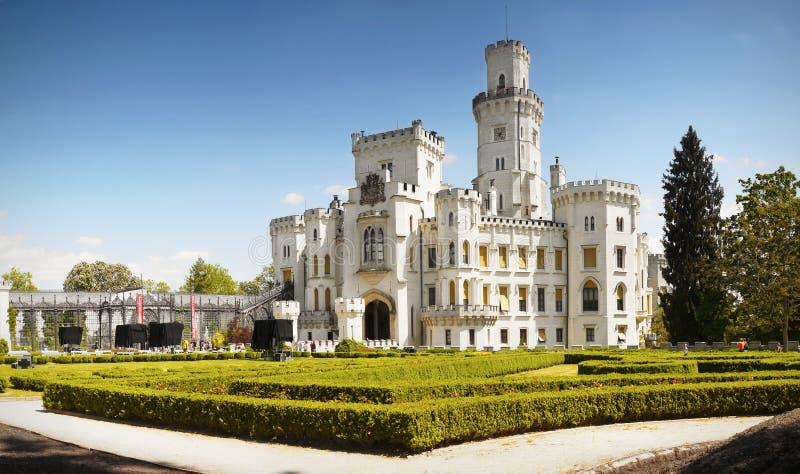 Romantisk Chateau, Hluboka, Tjeckien fotografering för bildbyråer