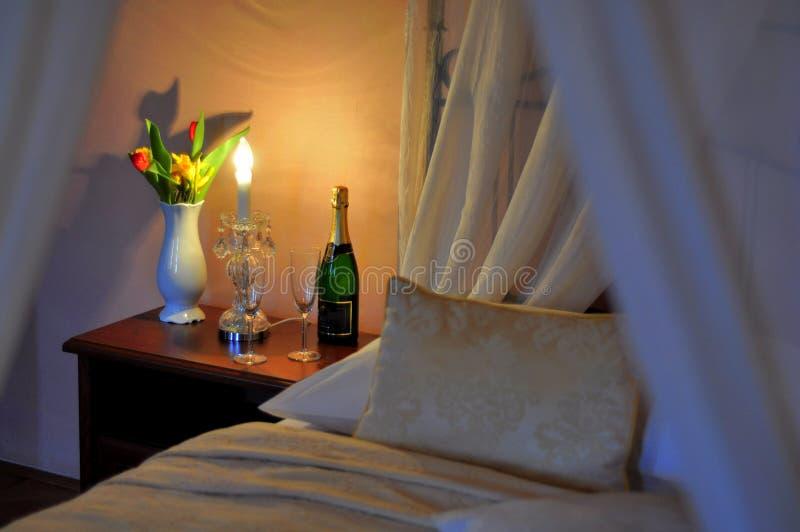 Romantyczna gość sypialnia fotografia royalty free
