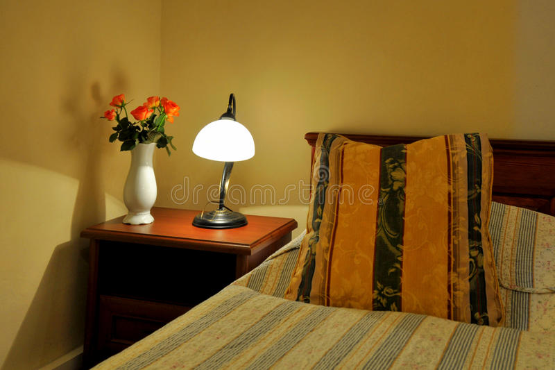 Romantyczna gość sypialnia obrazy stock