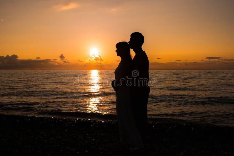 Romantyczna scena miłość par partnery fotografia stock