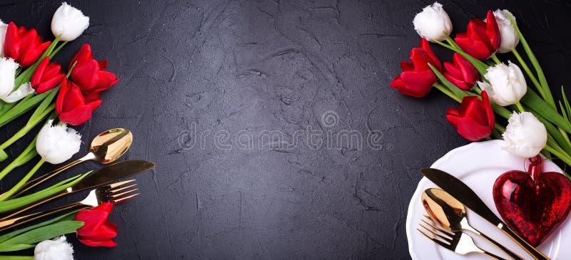 Romantyczny stołowy położenie sztandar zdjęcie royalty free