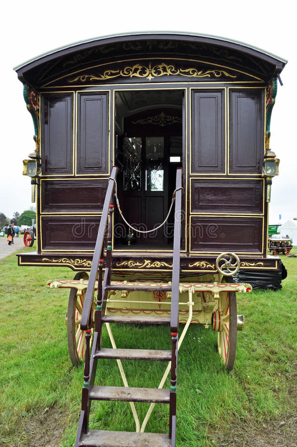 Download Romany Caravan At Bath And West Show Image 1 Of 7 Editorial Photo - Image of drawn, gypsy: 41475256