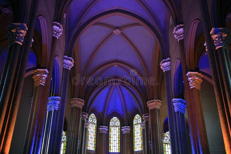 Romare - katolsk kyrka av S. Antonio di Padova längs den Ä°stiklal avenyn, historiskt BeyoÄlu (Pera) område, Istanbul, Turkiet. fotografering för bildbyråer