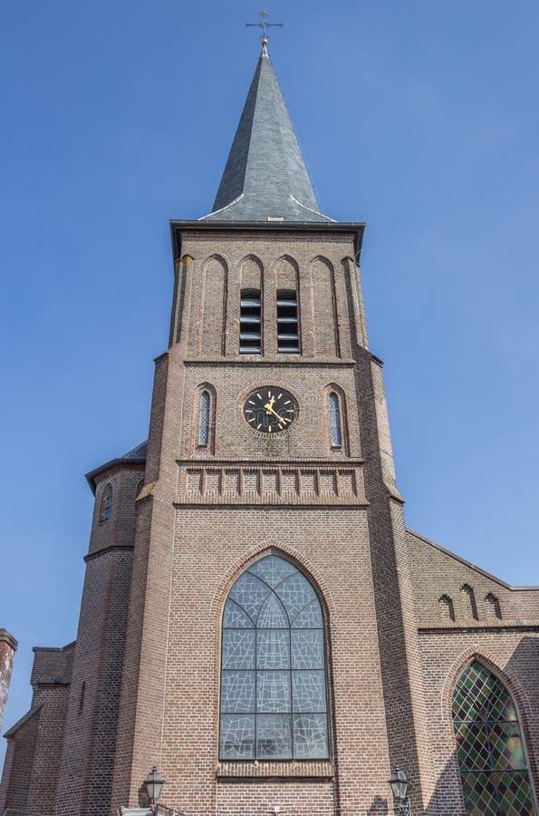 Romare - katolsk kyrka i mitten av Winschoten arkivbild