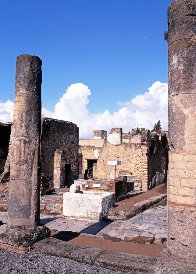 Romaren fördärvar, Herculaneum, Italien. arkivfoto