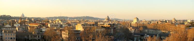 Romas sikt från den Giardino deglien Aranci arkivbilder