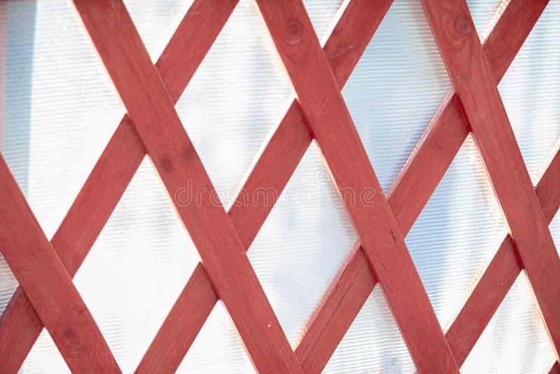 Rombos de barras de madeira Textura de madeira no fundo branco imagens de stock royalty free
