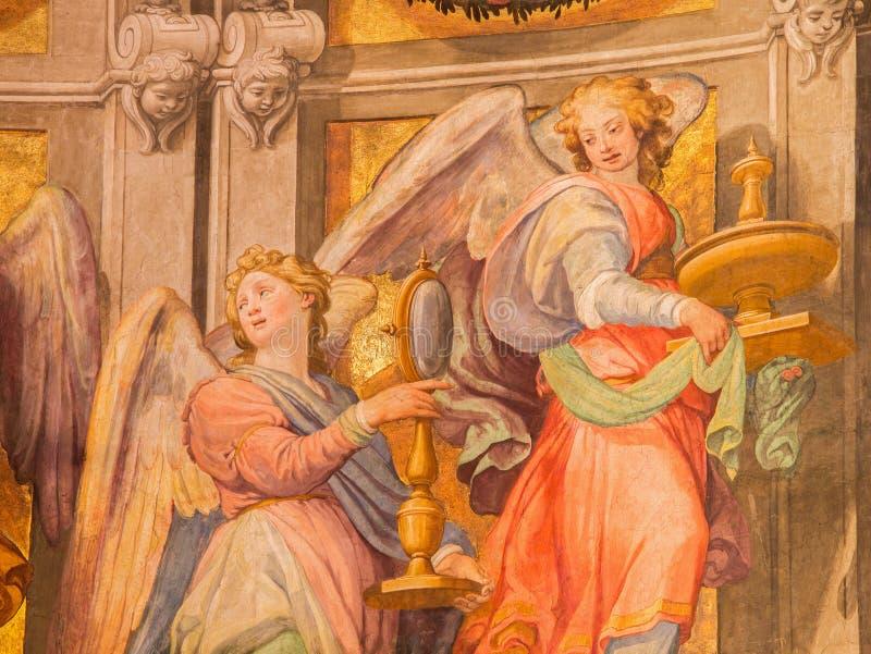 Rome - ängelfreskomålning i sancturary i kyrkliga basilikadi Santa Maria i Trastevere från 17 cent vid Domenichino (1581 - 1641) arkivfoton