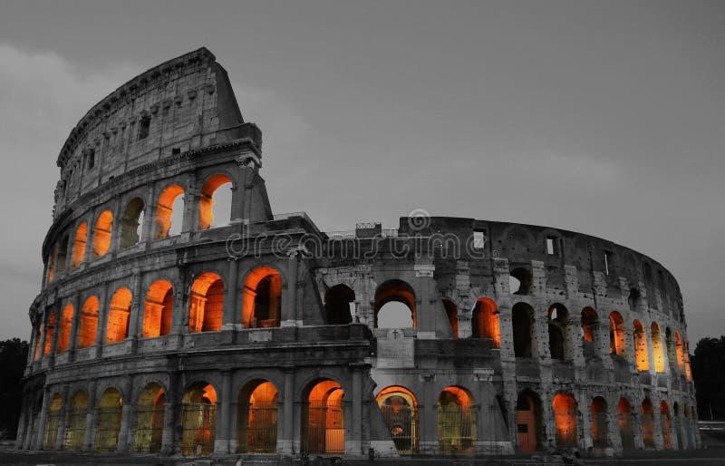 Rome Colosseum bij nacht royalty-vrije stock fotografie