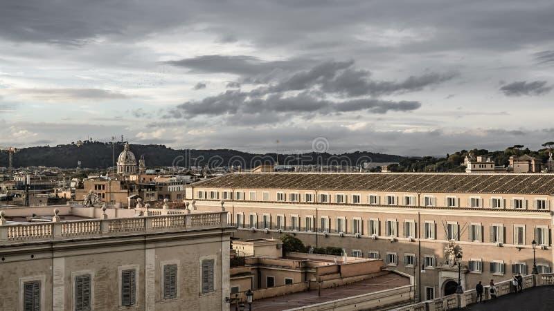 Rome från quirinale reglerar slotten arkivbilder