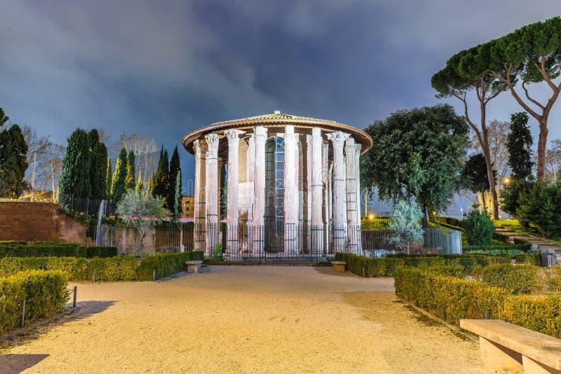Rome Hercules Temple bij Nacht royalty-vrije stock afbeelding