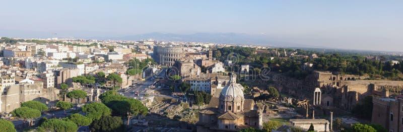 Rome i Italien panorama royaltyfri foto