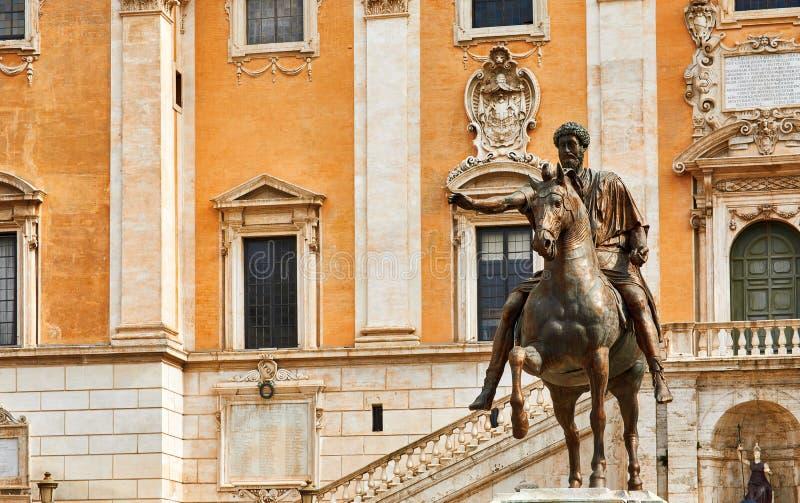 Rome Italië Bronze standbeeld van Roman keizer Marcus Aurelius royalty-vrije stock foto's
