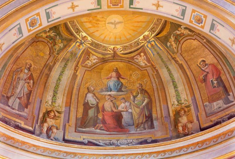 ROME, ITALIË: Fresko Christus in Glorie in all'Isola van kerkchiesa dis San Bartolomeo door capuchins schilder Bonaventura Loffre royalty-vrije stock foto's