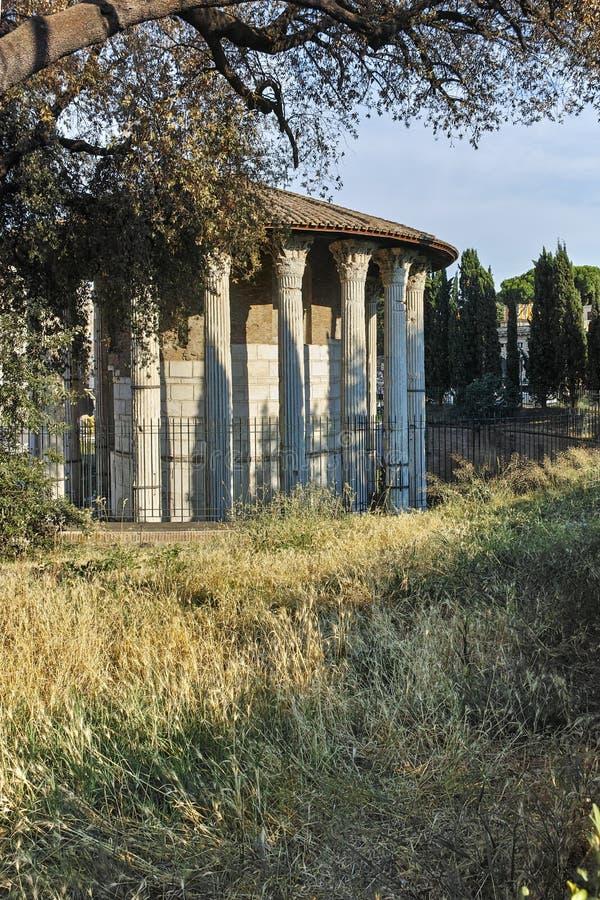 ROME, ITALIË - JUNI 22, 2017: Verbazende mening van Tempel van Hercules Victor in stad van Rome stock afbeeldingen