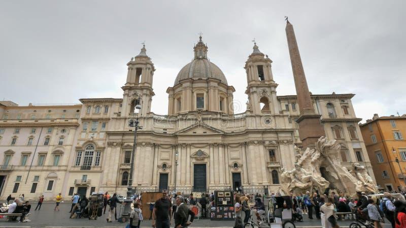 ROME, ITALIË 30 SEPTEMBER, 2015: sant 'agnese kerk in piazza navona in Rome stock afbeelding