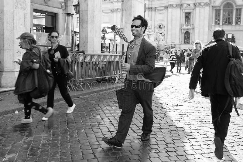 Rome, Italie - APRI 11, 2017 : Artiste de rue, performin d'animateur photographie stock libre de droits