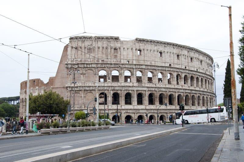 Rome, Italie - 1er mai 2018 : Architecture de Colisé à Rome avec des touristes Déplacement et vacances en Europe, Union europà image libre de droits