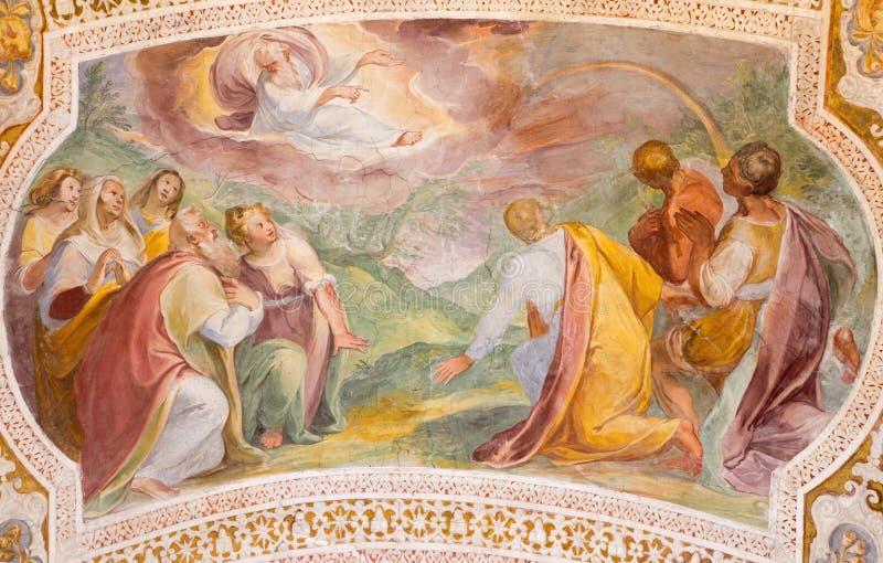 ROME ITALIEN: Guds överenskommelse med Noah i regnbågen Freskomålning från valv av trappa i kyrkliga Chiesa di San Lorenzo royaltyfria bilder