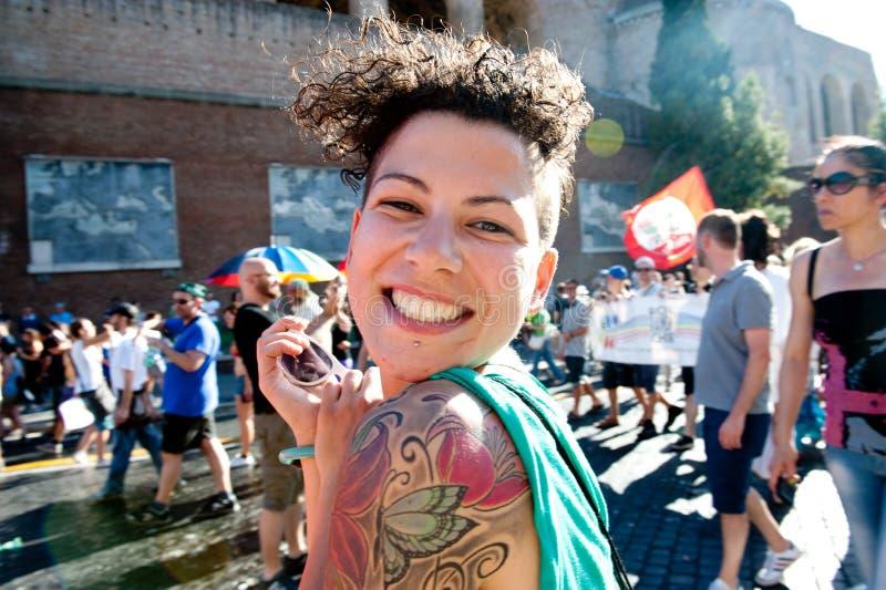 Rome Italien - Juni 23 2012 Dagen för glad stolthet, ståtar folk i Rome arkivbild