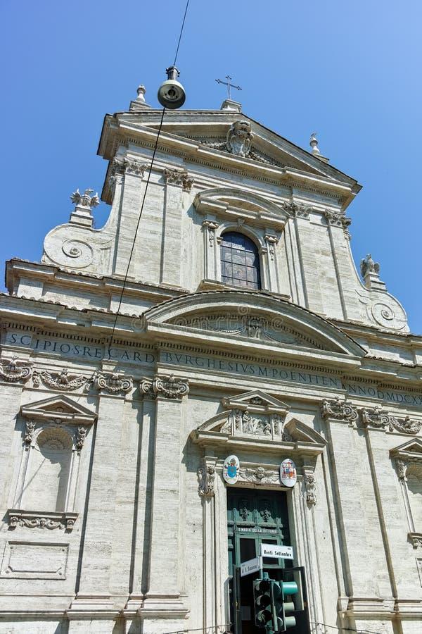 ROME ITALIEN - JUNI 22, 2017: Frontal sikt av Chiesa di Santa Maria della Vittoria i Rome fotografering för bildbyråer