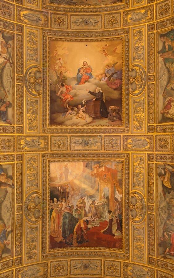 ROME ITALIEN - MARS 27, 2015: Freskomålning i Basilika di Sant Andrea della Valle arkivfoton
