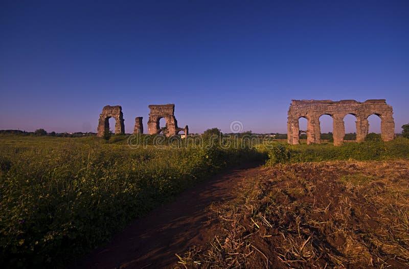 Rome : le parc des aqueducs images libres de droits